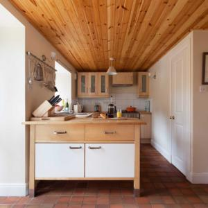 Bothy int kitchen B Cox copy