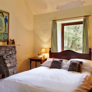 Sawmill Bedroom Ljones