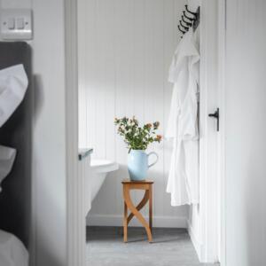 2020 Timber view of bathroom jug A Baxter copy