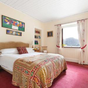 Tioram int bedroom1 B Cox copy