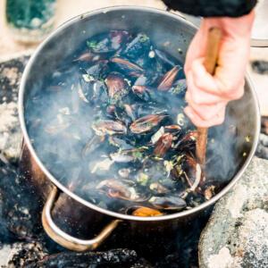 1 mussels on beach JBP 5892