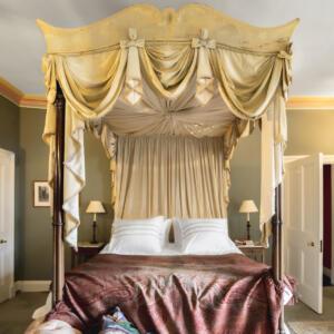 24 ESH int De Walden bedroom A Baxter copy